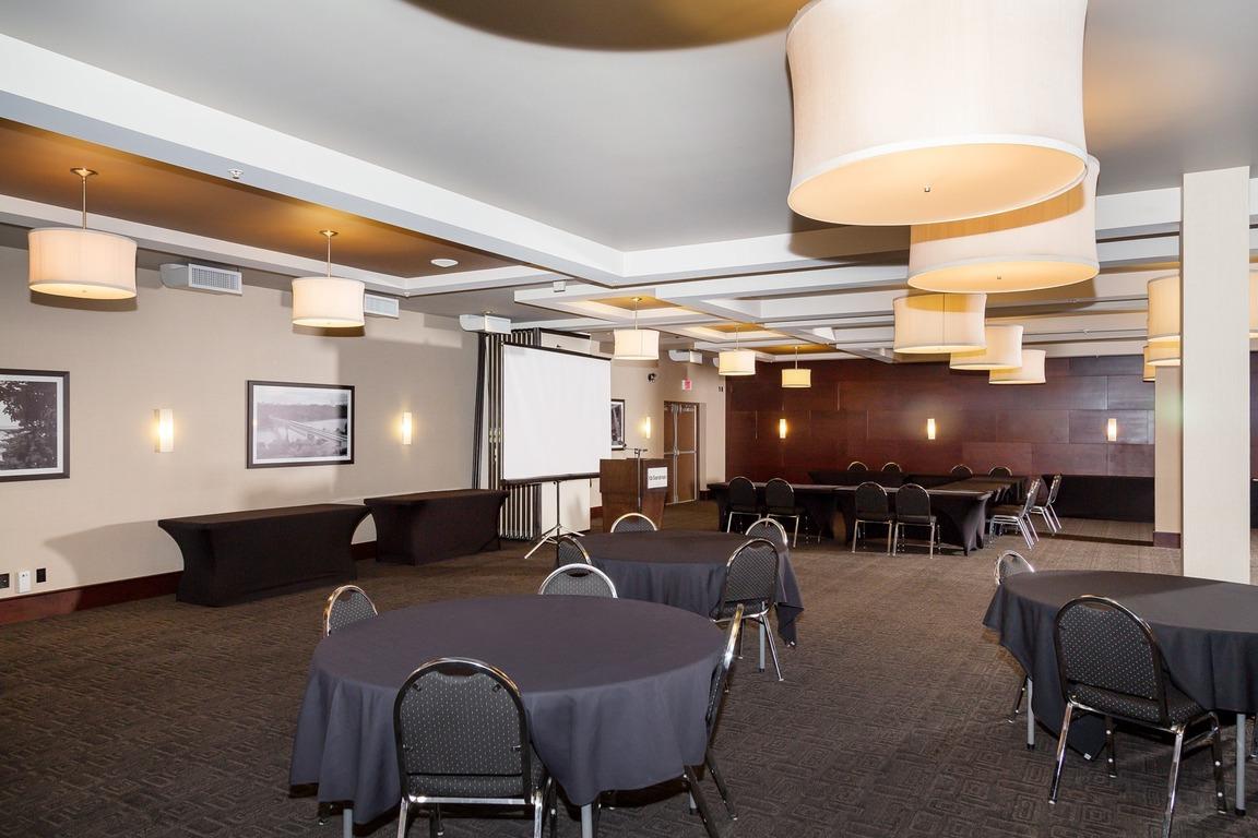West Edmonton Sandman Hotel