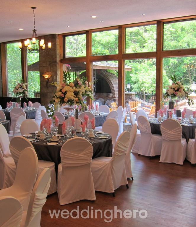 Fantasy Farm Event Centre & Banquet Hall