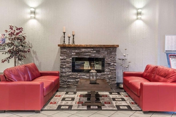 HomeStay Inn and Suites