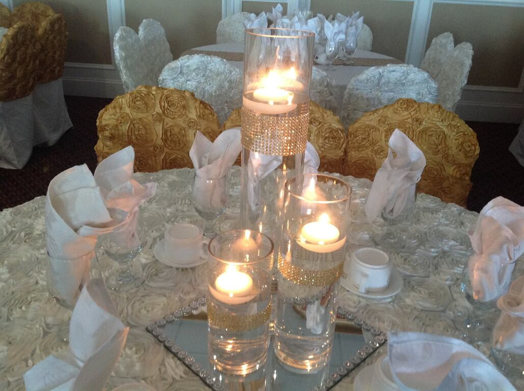 A and R Elegant Chic Designs