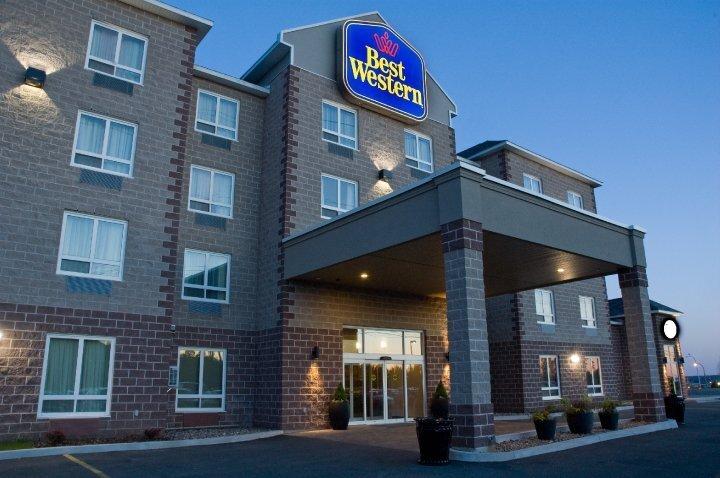 Best Western plus Dartmouth Hotel